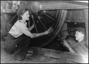 Engine cleaners at newcastle, 1942.